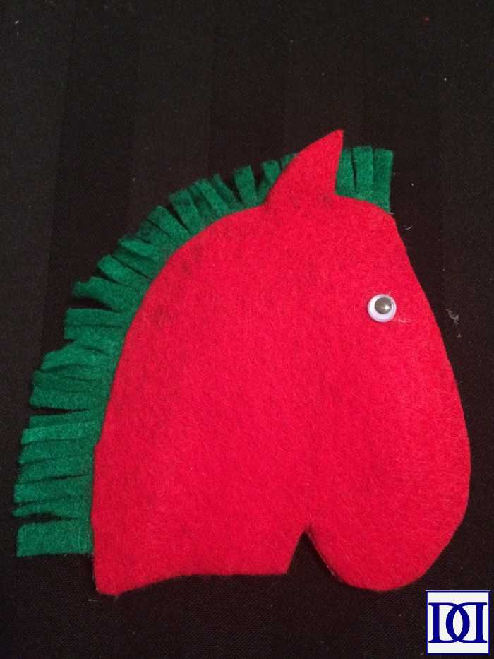 cc-horse-glue-eyes