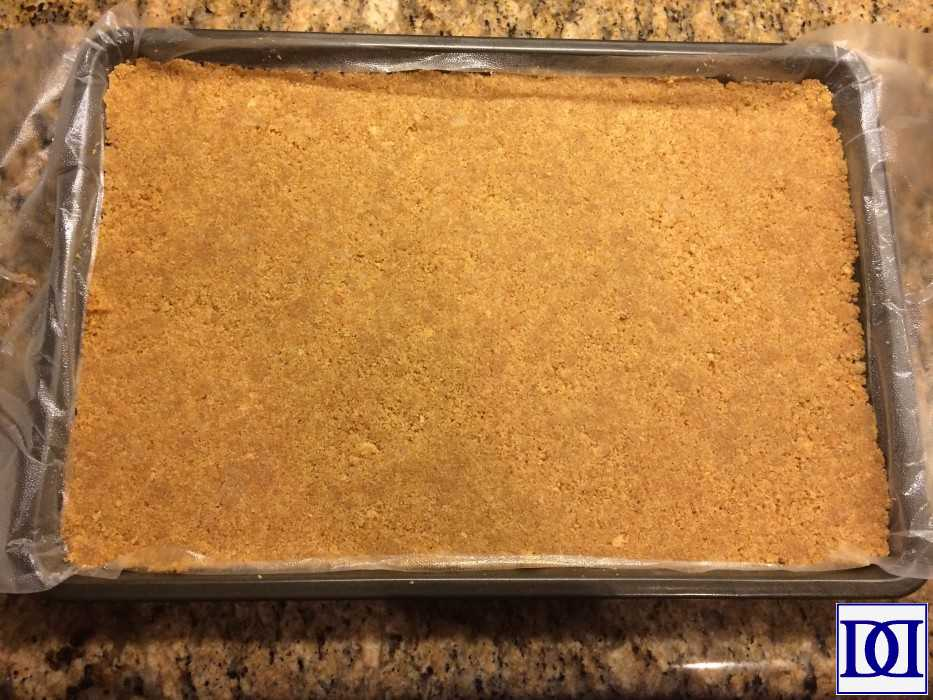 smores_graham_crust_pressed