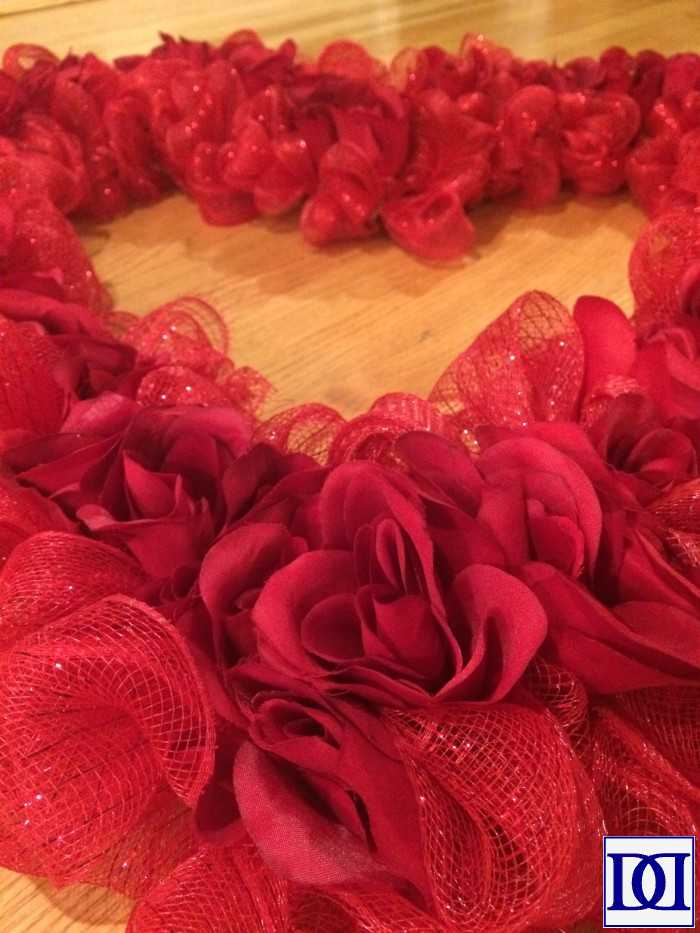 valentine_wreath_roses