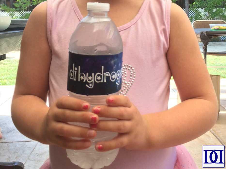 astronaut_princess_water_bottle