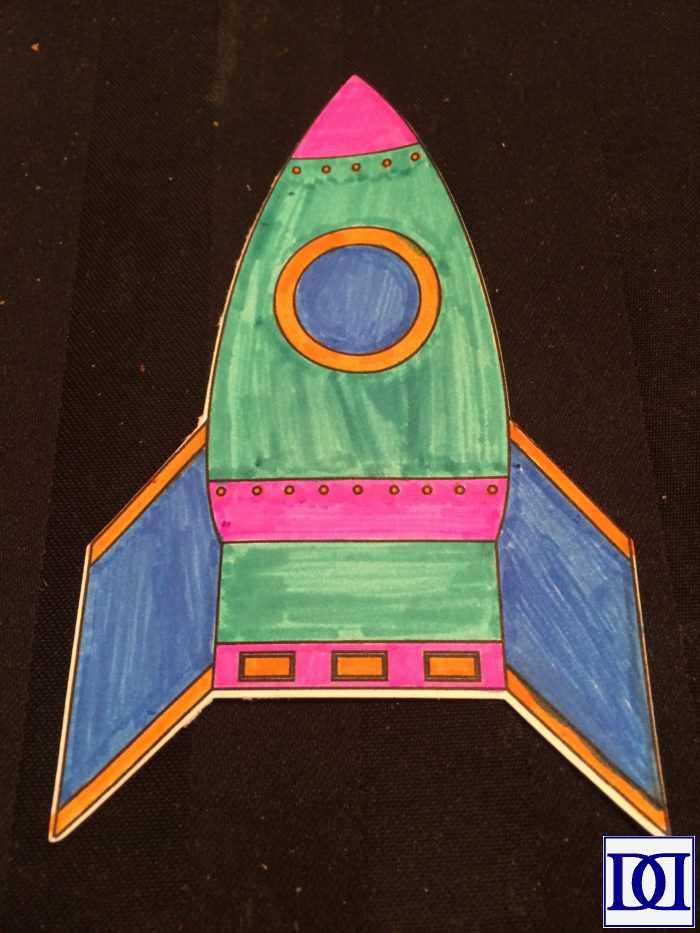 astronaut_princess_blow_rocket_decorate