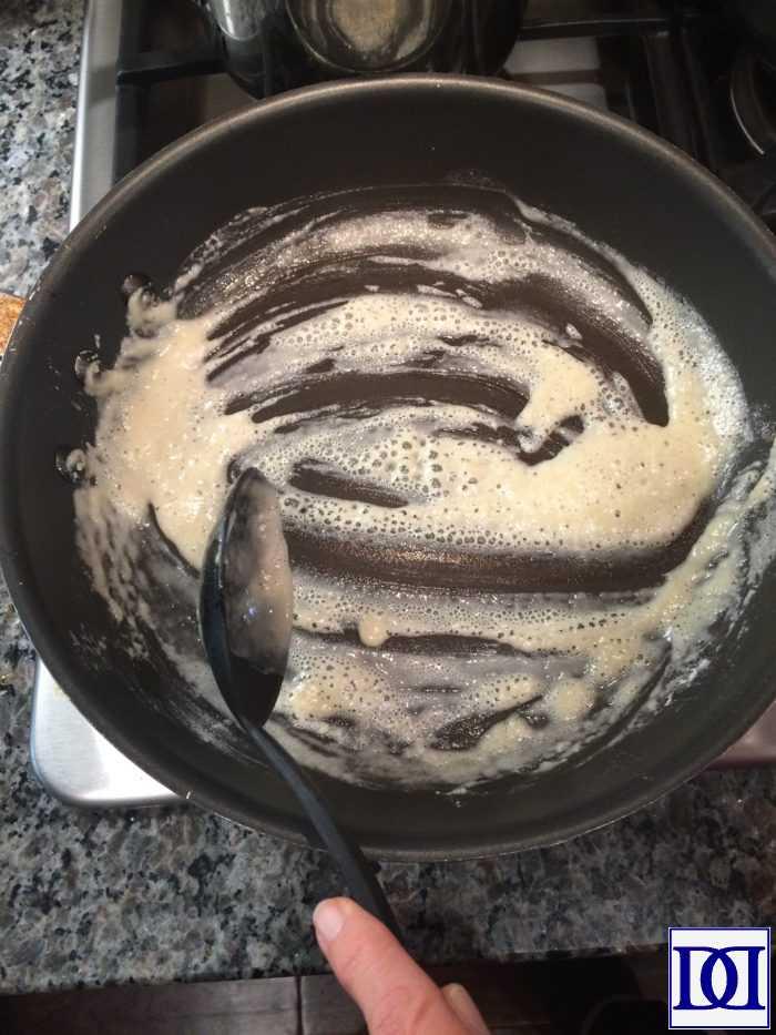 brine_turkey_gravy_add_flour