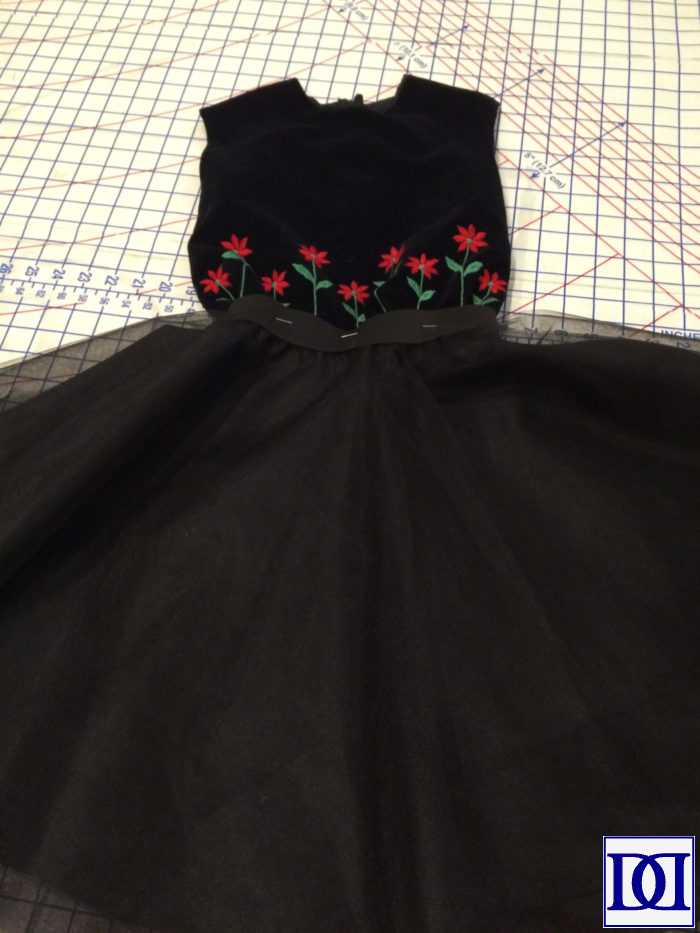 circle_skirt_pin_skirt_bodice
