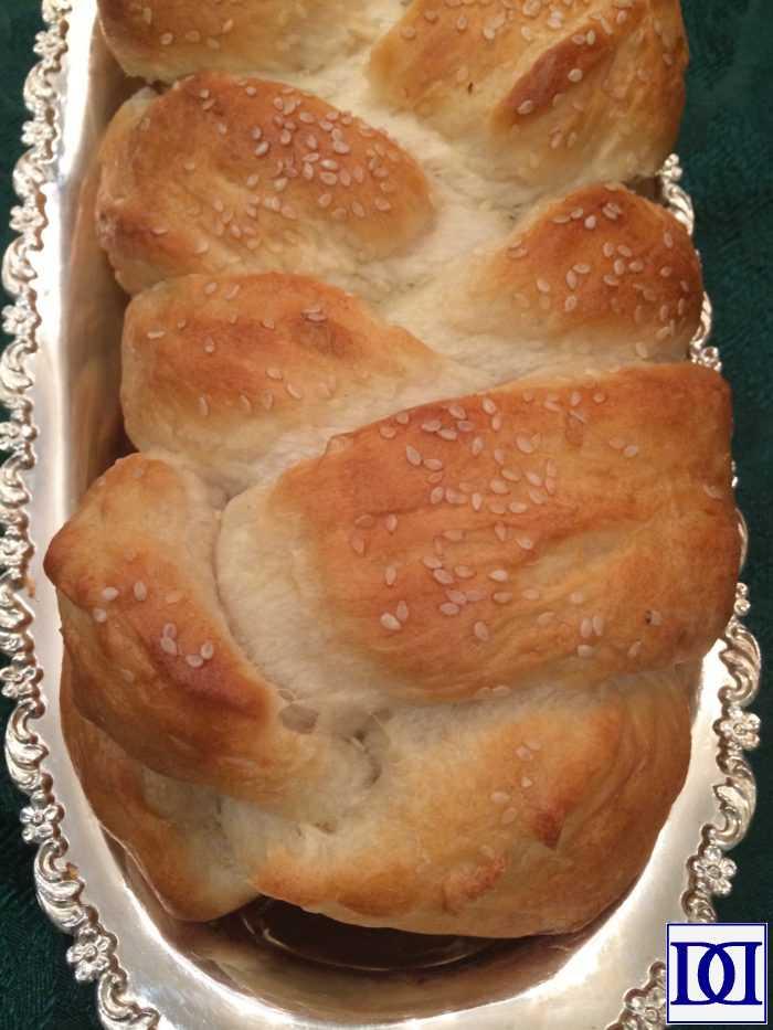 evolving_thanksgiving_sesame_bread