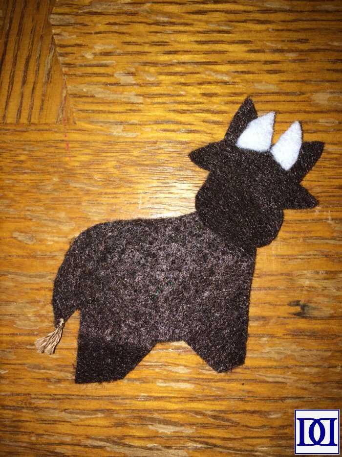 felt_advent_calendar_cow
